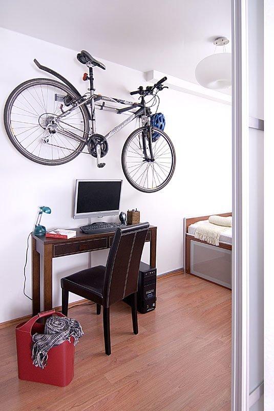 sypialnia- kącik biurowy