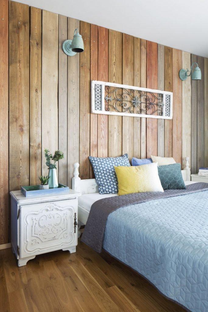 Dekoracja nad łóżkiem