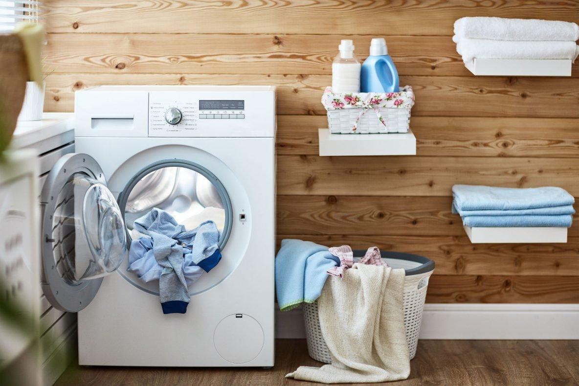 Łazienka czy pralnia- miejsce dla pralki, pralka pod blatem, blat nad pralką, pralka w przedpokoju, pralka w szafie, pralka pod blat, łazienka pralka pod blatem, pralka pod blatem łazienka