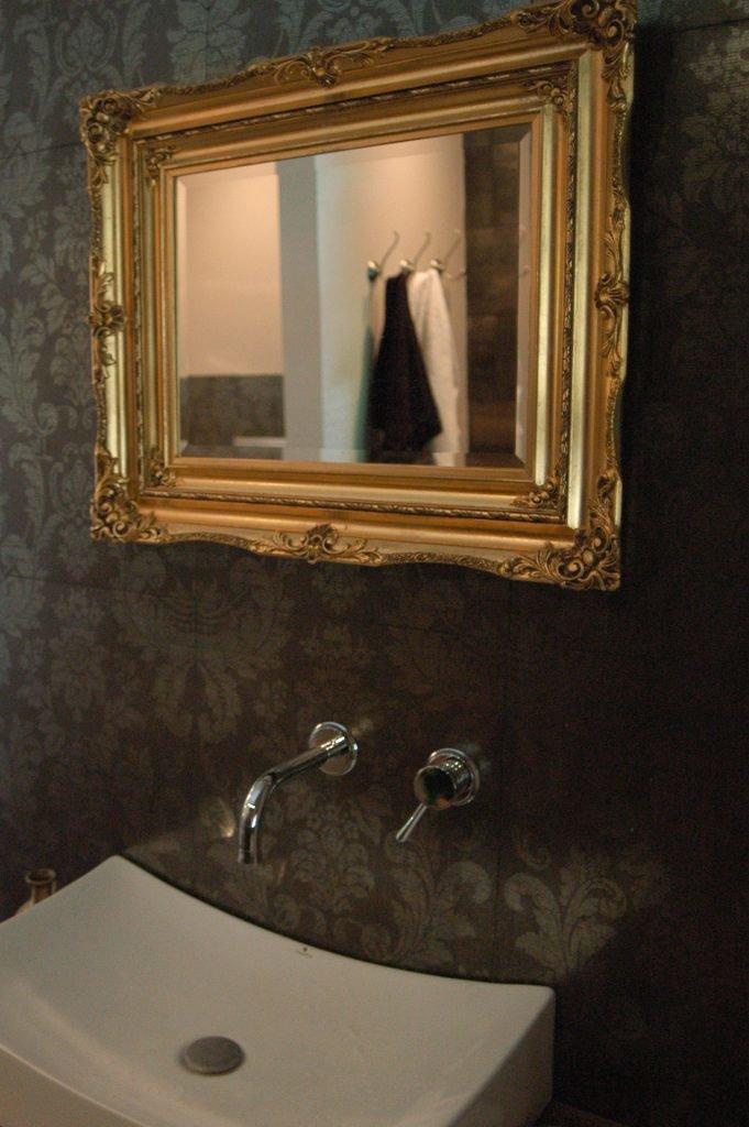 lustro_złota rama_ łazienka