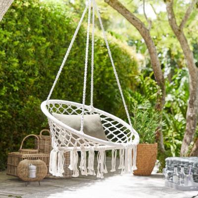 pokój młodzieżowy, hamak, wiszący fotel, ogród, fotel jysk, wyplatany biały fotel, fotel ze sznurka, wiszące makramy, plecionki